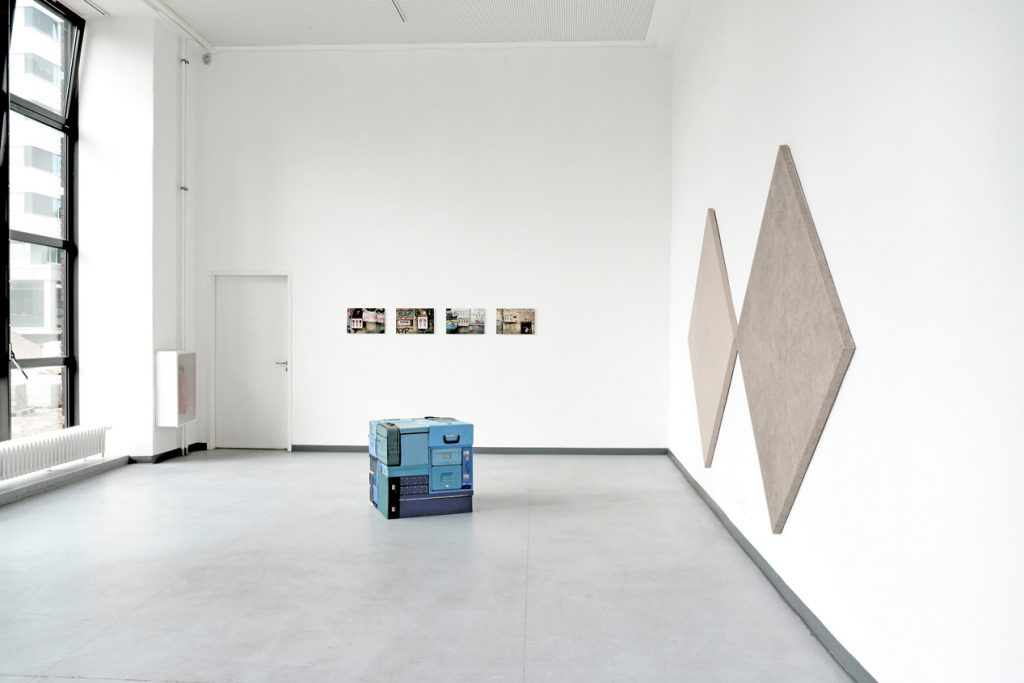 mapping_berlin_installation_view_3